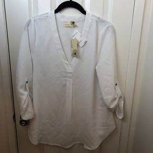 NWT Anthro Everleigh White, 3/4 sleeve blouse.Med